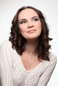 Джазовая вокалистка Яна Тюлькова