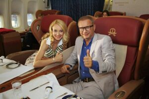Актриса Анастасия Панина и певец Андрей Ковалев