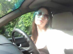 Певица Яна Лысенко, автомобиль, машина, вождение, за рулем