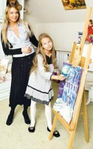 Певица Варвара с дочкой Варей
