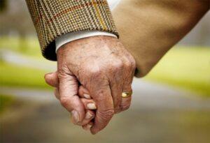 Бабушка и дед