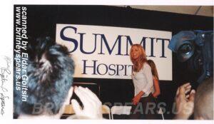 Эксклюзивная фотография Бритни Спирс с презентации в Baton Rouge.