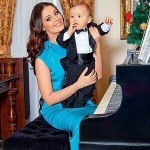 Оксана Фёдорова с сыном