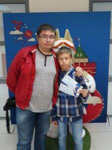 Михаил Семёнов с сыном. Матч Аргентина - Хорватия, 2018