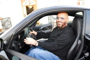Михаил Шуфутинский, автомобиль, за рулем
