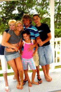 Андрей Моргунов с семьей
