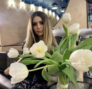 Полина Аммосова