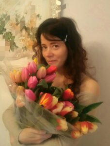 Светлана Фатьянова, иконописец, журналист.